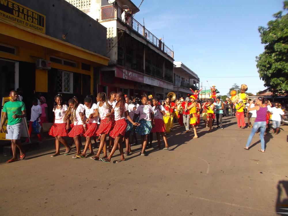 Grands échanges pour les Géants de Tuléar et la Bloco Malagasy à Diego Suarez