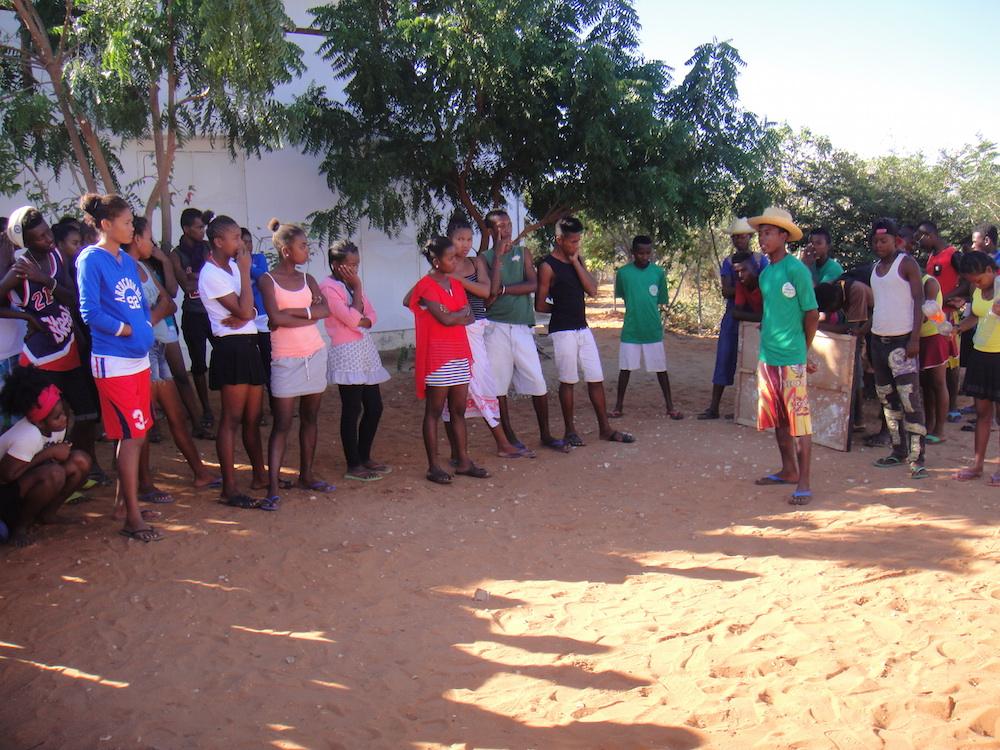 Échanges sportives de l'École de Sport à Mangily
