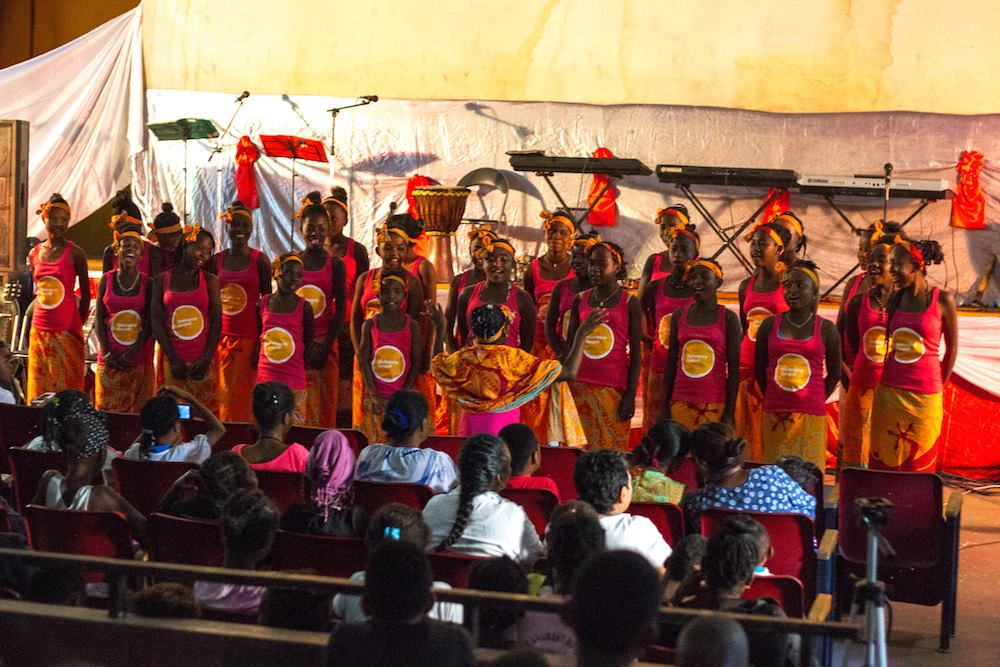 Belle rencontre de la Malagasy Gospel avec la chorale Le Goéland