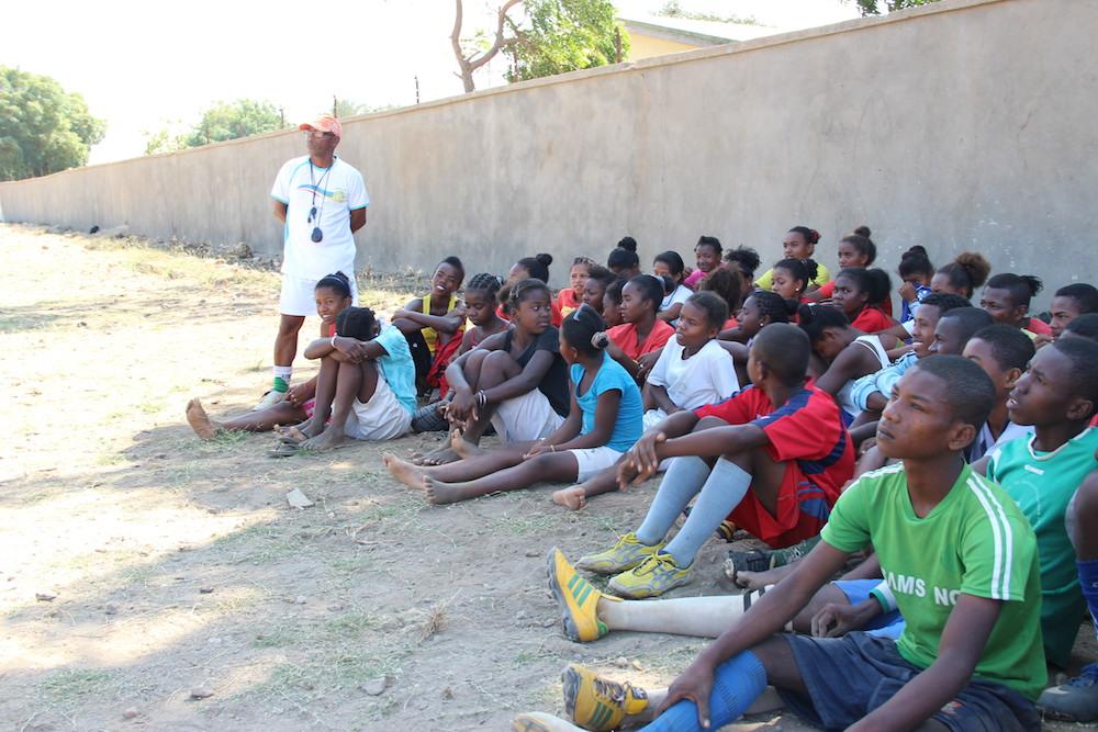 L'École de Sport participe aussi à la campagne de scolarisation