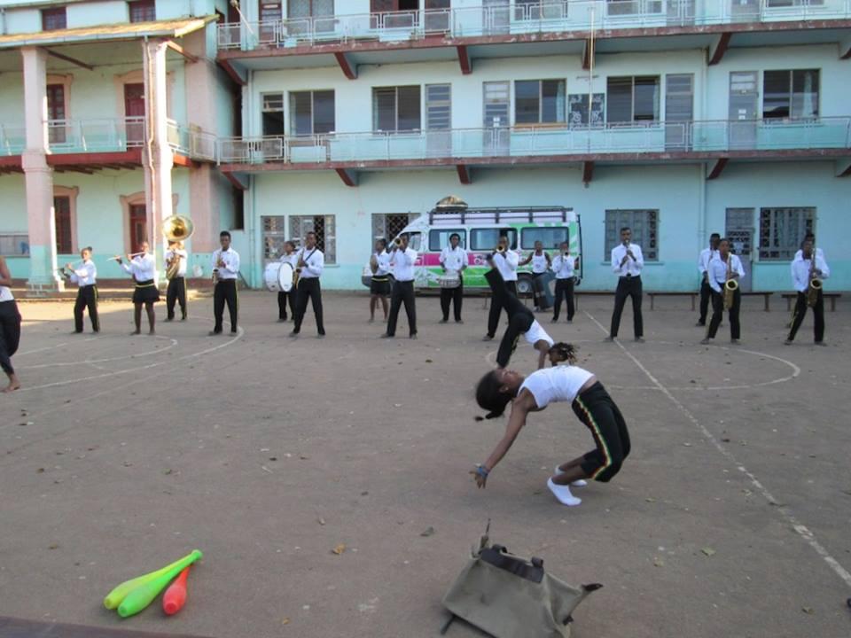La Malagasy Marching Band et la Malagasy Cirque sensibilisent sur les droits des enfants