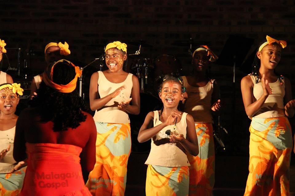 Les jumelles Samirah et Marinah partagent les mêmes passions pour le chant et l'école