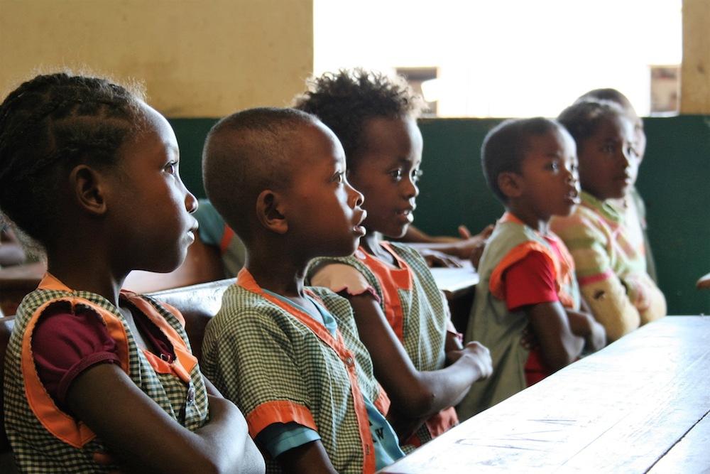 Plus de 2.600 enfants malgaches découvrent le monde à travers le projet de jumelage Namana