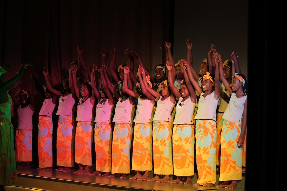 De l'Andorre jusqu'en Espagne, la Malagasy Gospel chante toujours les droits de l'enfant