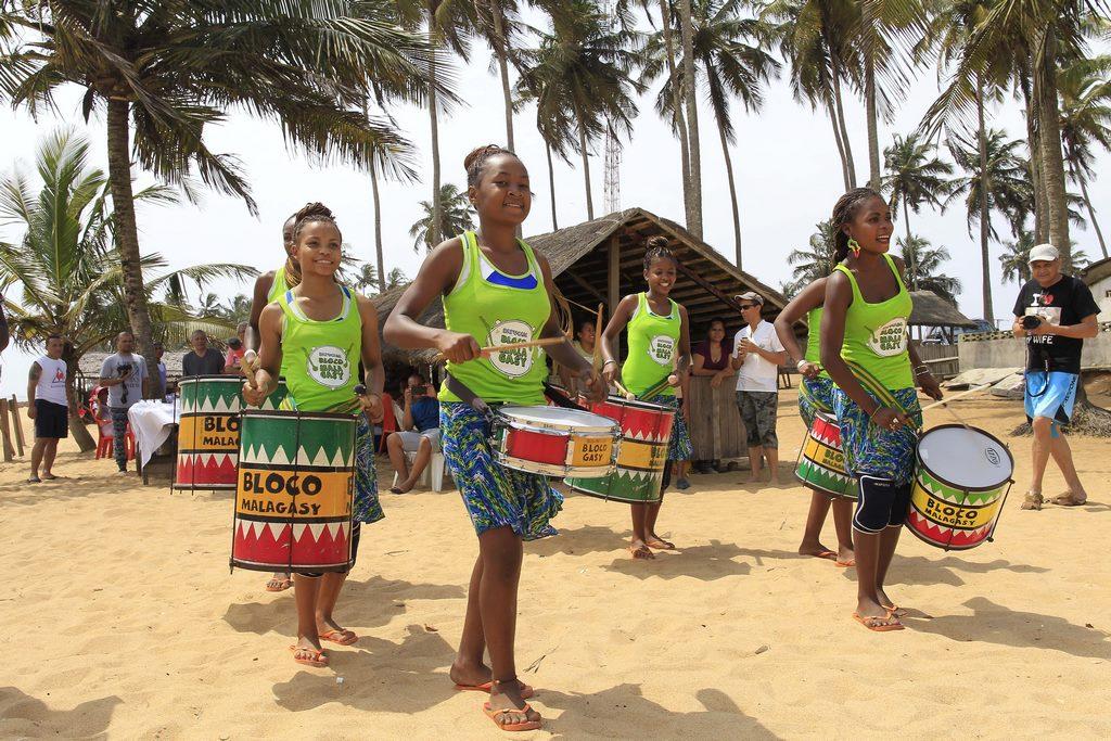 La Bloco Malagasy au Zoo d'Abidjan et dans les rues d'Abobo
