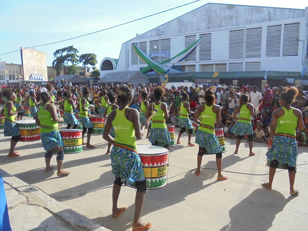 Foire Mafilo, les groupes du Centre d'Art et Musique en action!