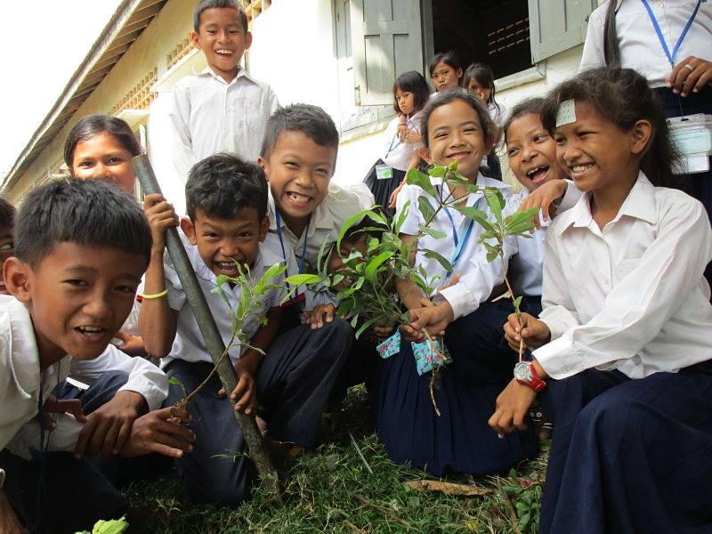 Journée de plantation d'arbres organisée par Coconut Water