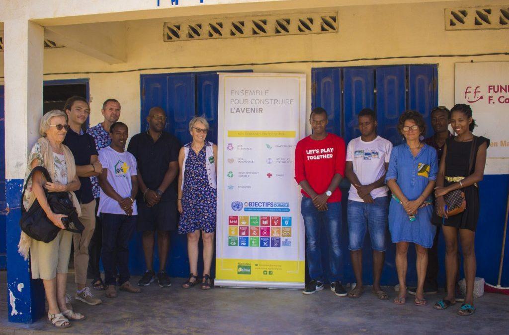 Donation de matériels informatiques par la fondation Telma pour l'école de l'ONG Bel Avenir à Ankalika.